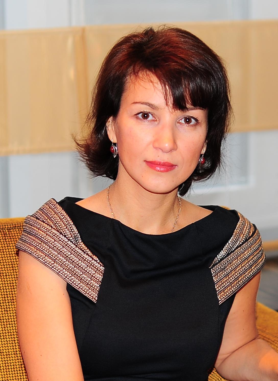 Лариса Дрыгваль графолог